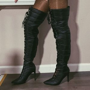 Used once Cape Robin GiGi style thigh-high boots